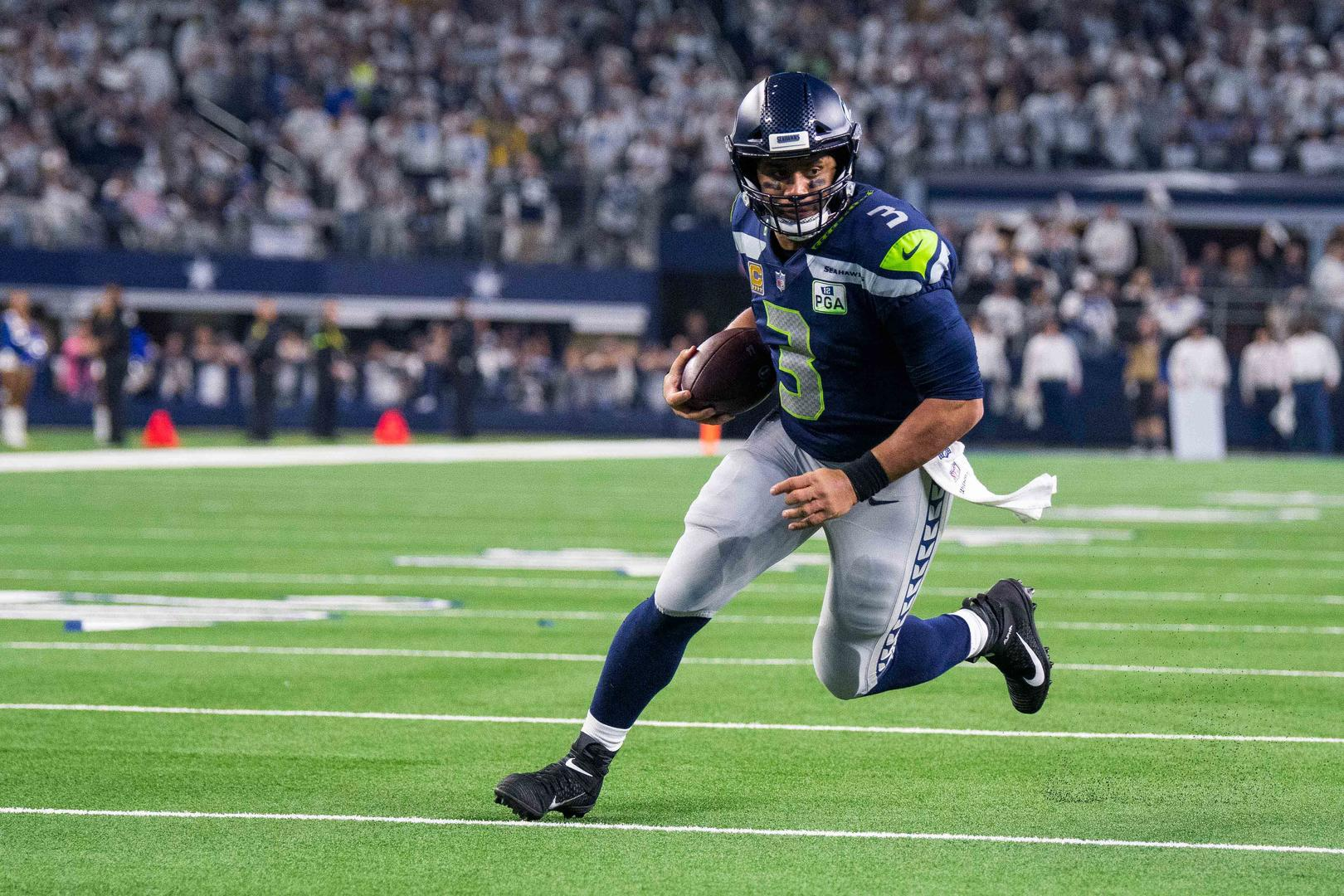 Russell Wilson addresses rumors that the Seahawks might trade him to the Giants