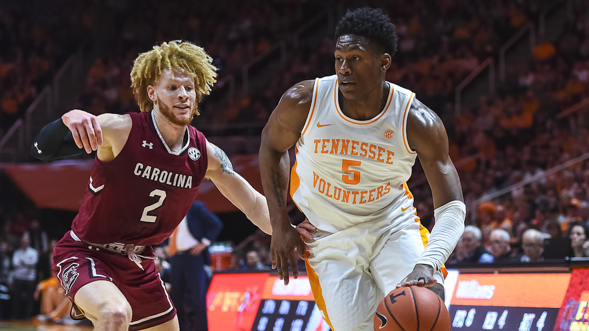 College basketball picks, odds, schedule: Predictions for Kentucky vs. Tennessee, and other big games Saturday