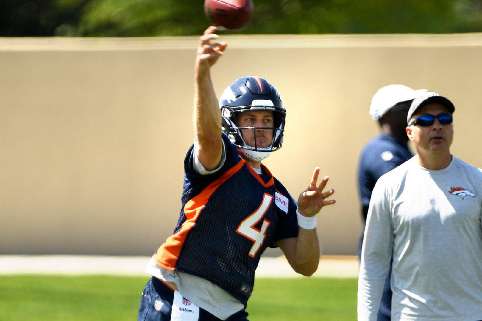 Chris Harris sees Broncos scoring 'at least 30 a game' with Case Keenum under center