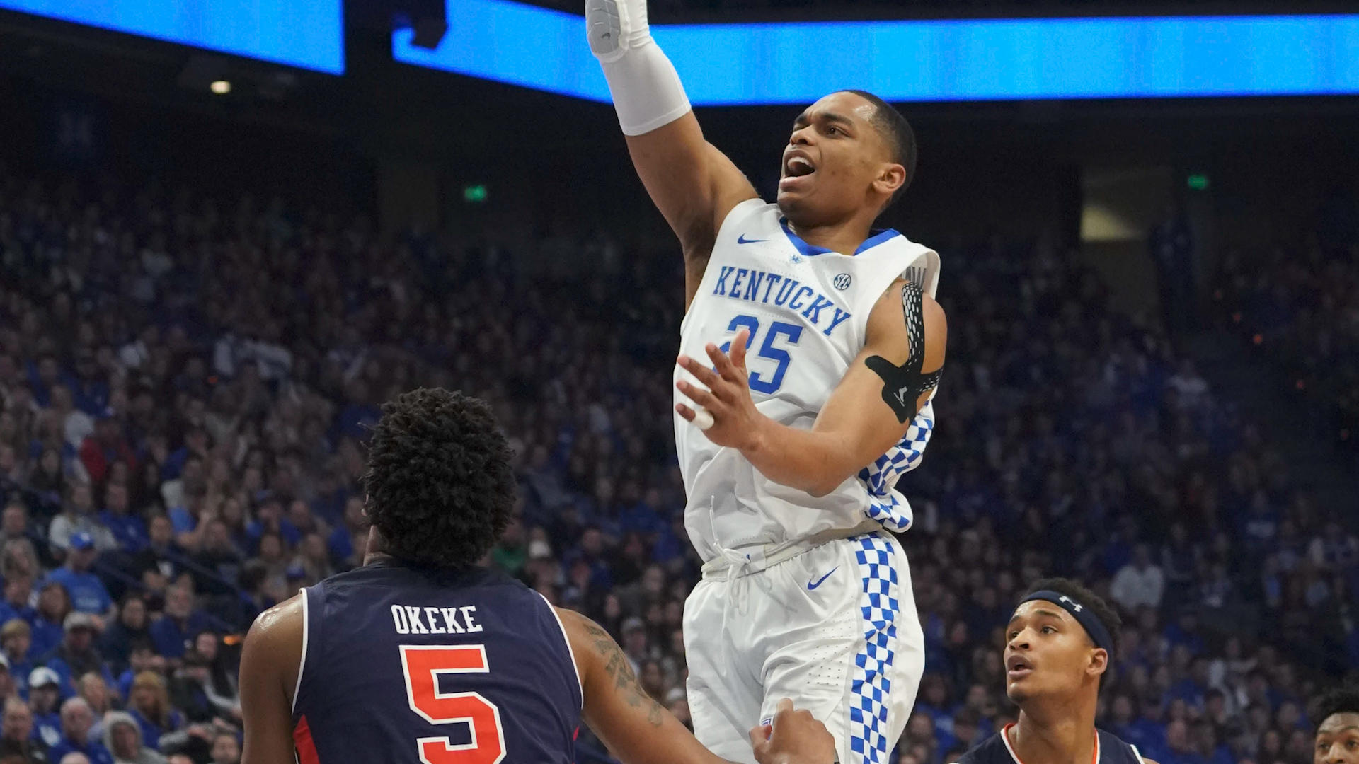 Kentucky vs. Auburn score: No. 4 Wildcats cruise to another easy SEC win over Tigers