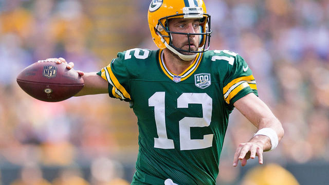 Aaron Rodgers working with new brace ahead of MNF matchup