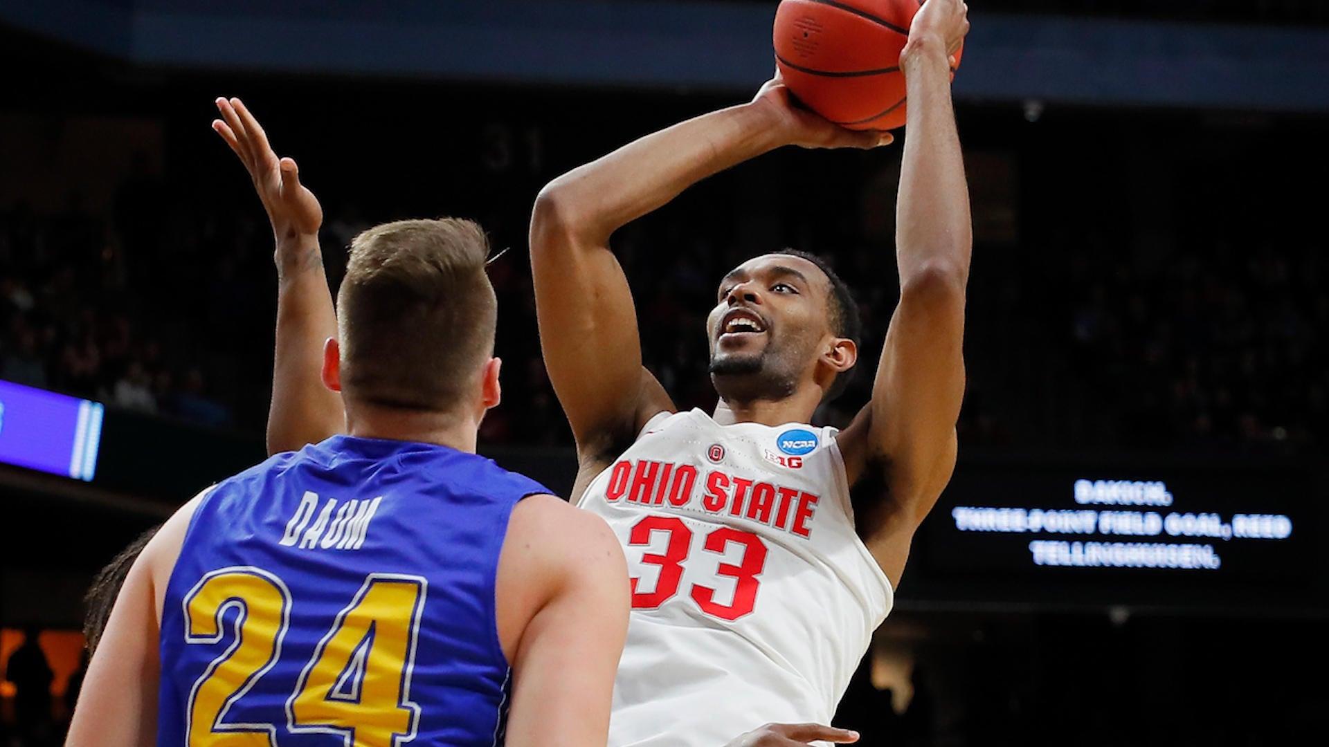 WATCH: No. 5 Ohio State edges out No. 12 South Dakota State, 81-73 - CBSSports.com