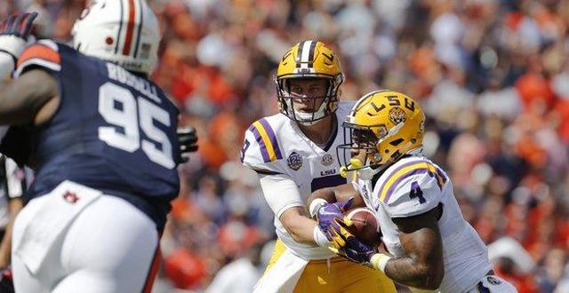LSU Tigers  Joe Burrow shares thoughts on fan support 91ebe94b8