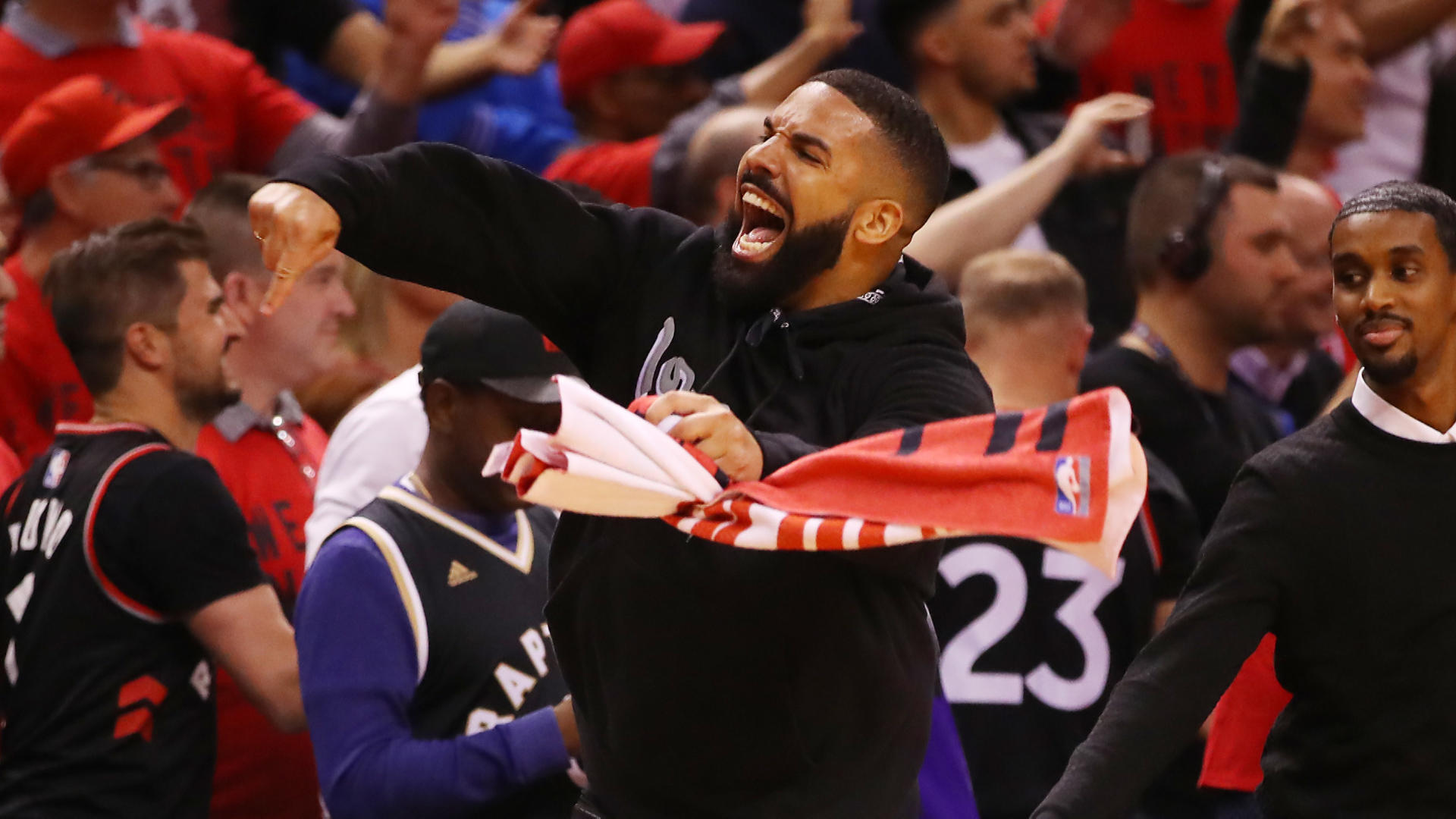 Bucks vs. Raptors Game 6 score, takeaways: Kawhi Leonard leads Toronto to first NBA Finals in franchise history