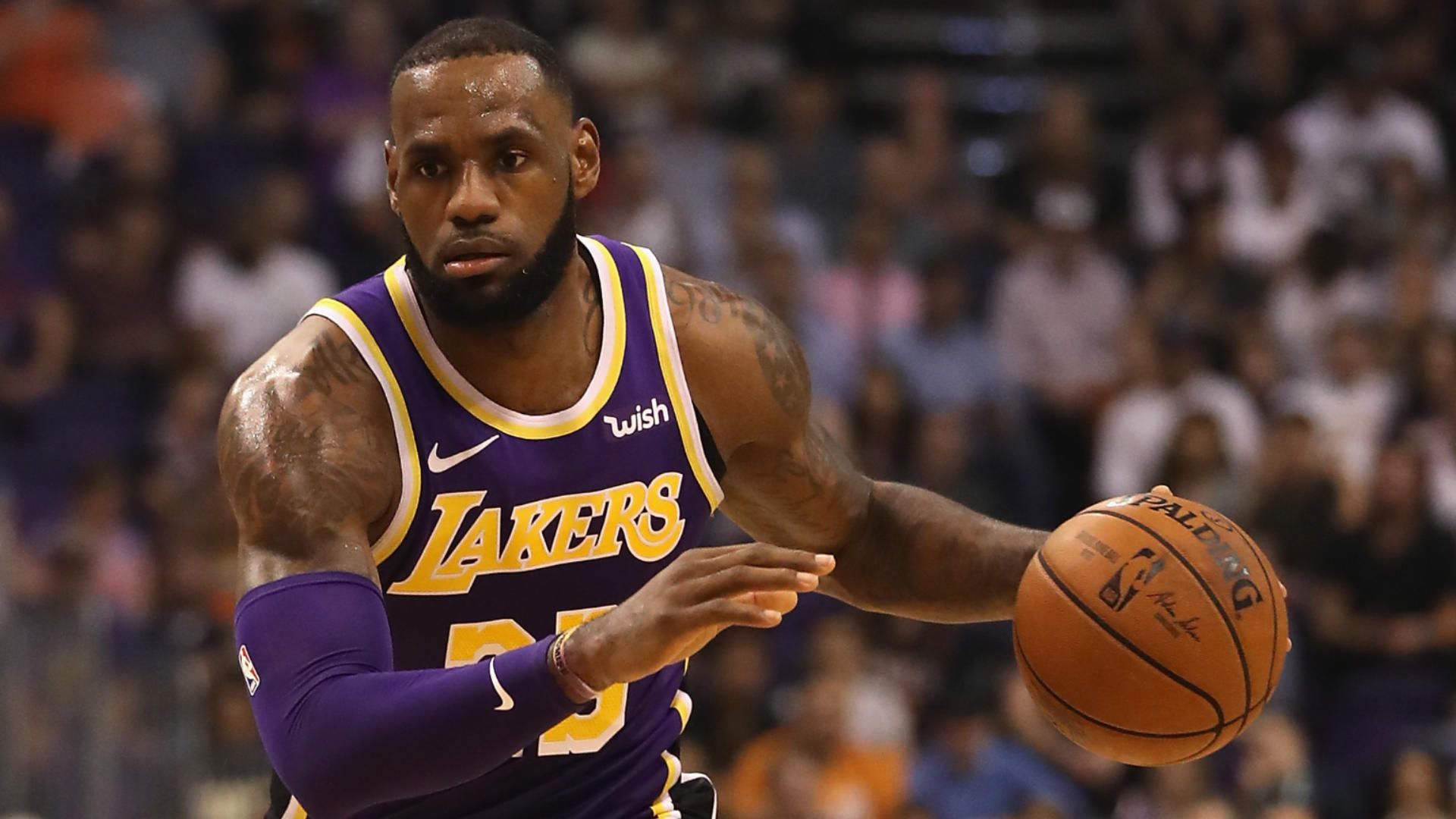 ef87c5bf7e41 LeBron James wears Beto O Rourke for Senate hat to Lakers  game in San