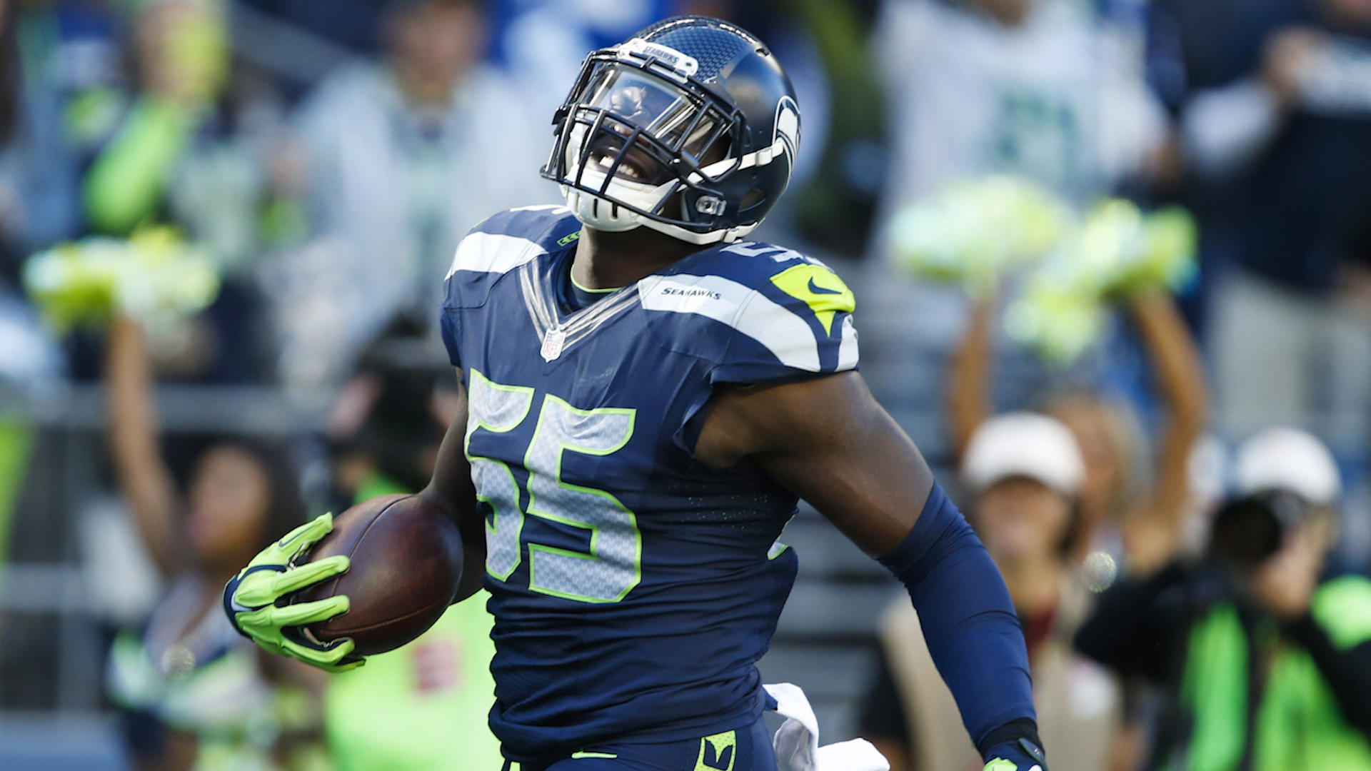 Seahawks trade Frank Clark to Chiefs, shaking up 2019 NFL Draft by adding No. 29 pick