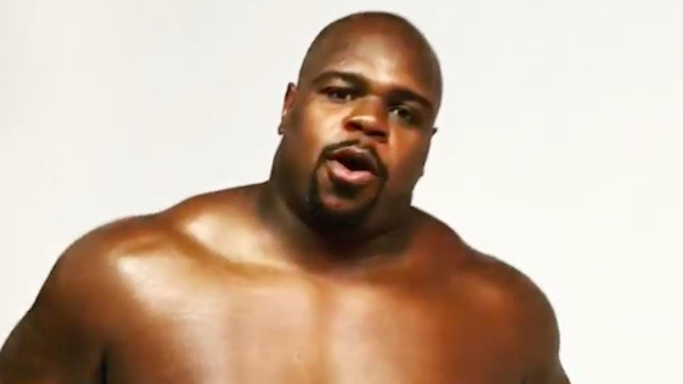 Vince Wilfork might be playing shirtless beer pong before Texans-Patriots game