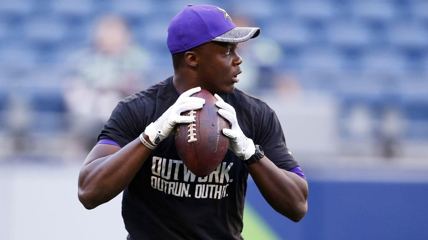 Teddy Bridgewater reportedly cleared to practice with Vikings, tweets 'thank you'