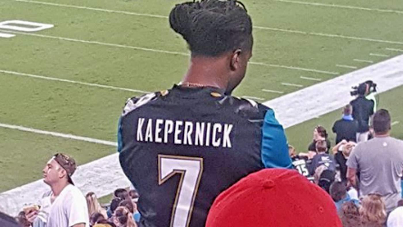 LOOK: This fan has given up on Bortles, already owns a Kaepernick Jaguars jersey