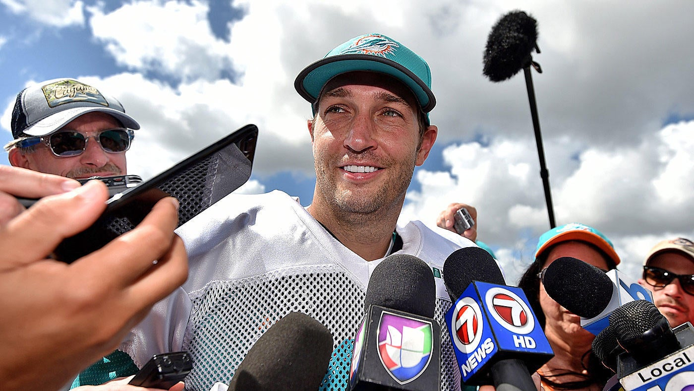 Sink or swim, Jay Cutler has no regrets about diving in with the Dolphins