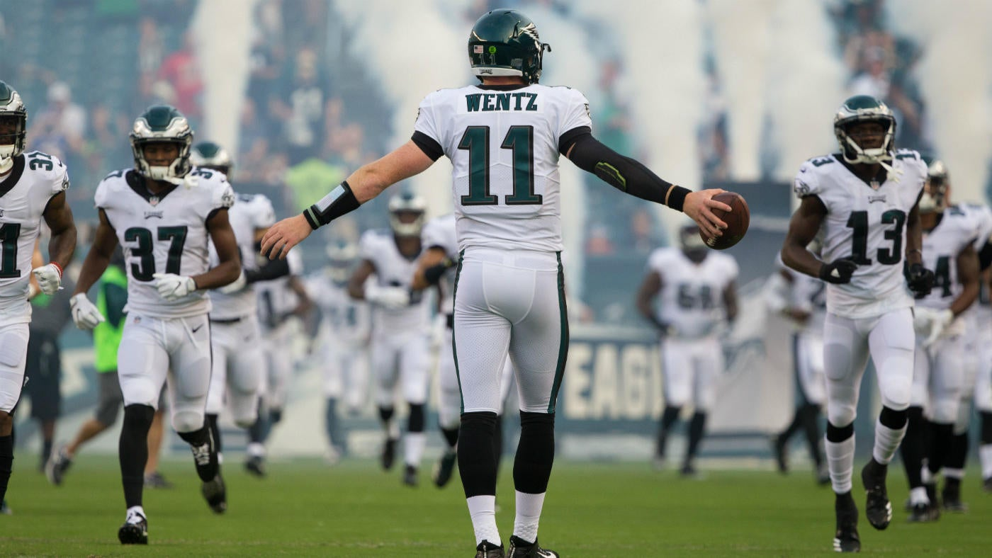 Eagles camp: Amid early scrutiny, Carson Wentz and his offense are ready to fly