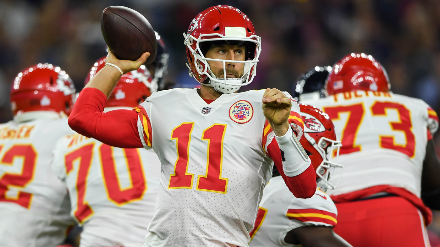 Alex Smith 'fired up' after Mike Mitchell dives at back of his knees on late hit