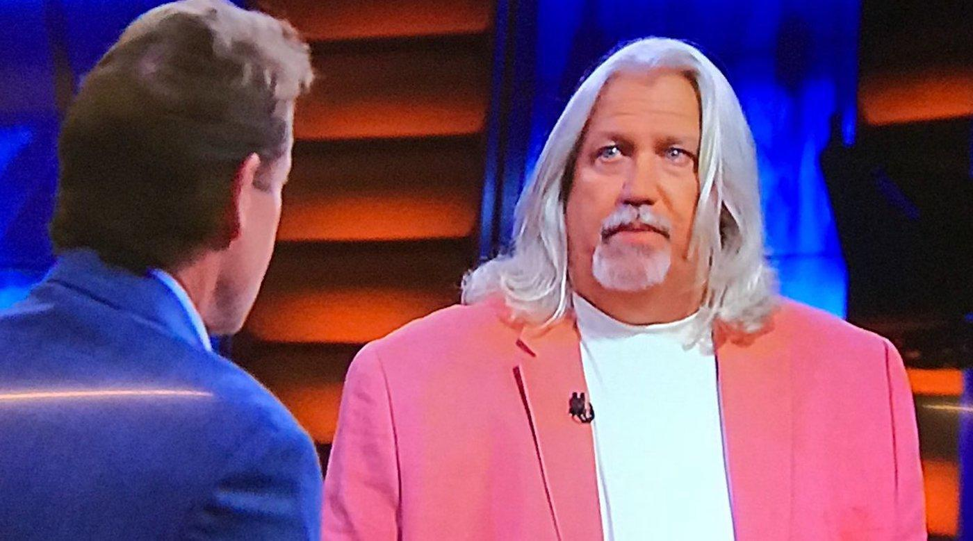 LOOK: Rob Ryan wore a pink sport jacket on TV and Twitter totally crushed him