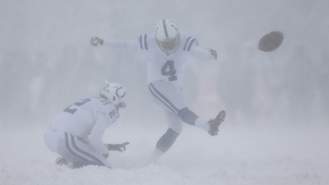 Adam Vinatieri Reportedly Close To Deal To Return, Will Become 4th Oldest Player Ever