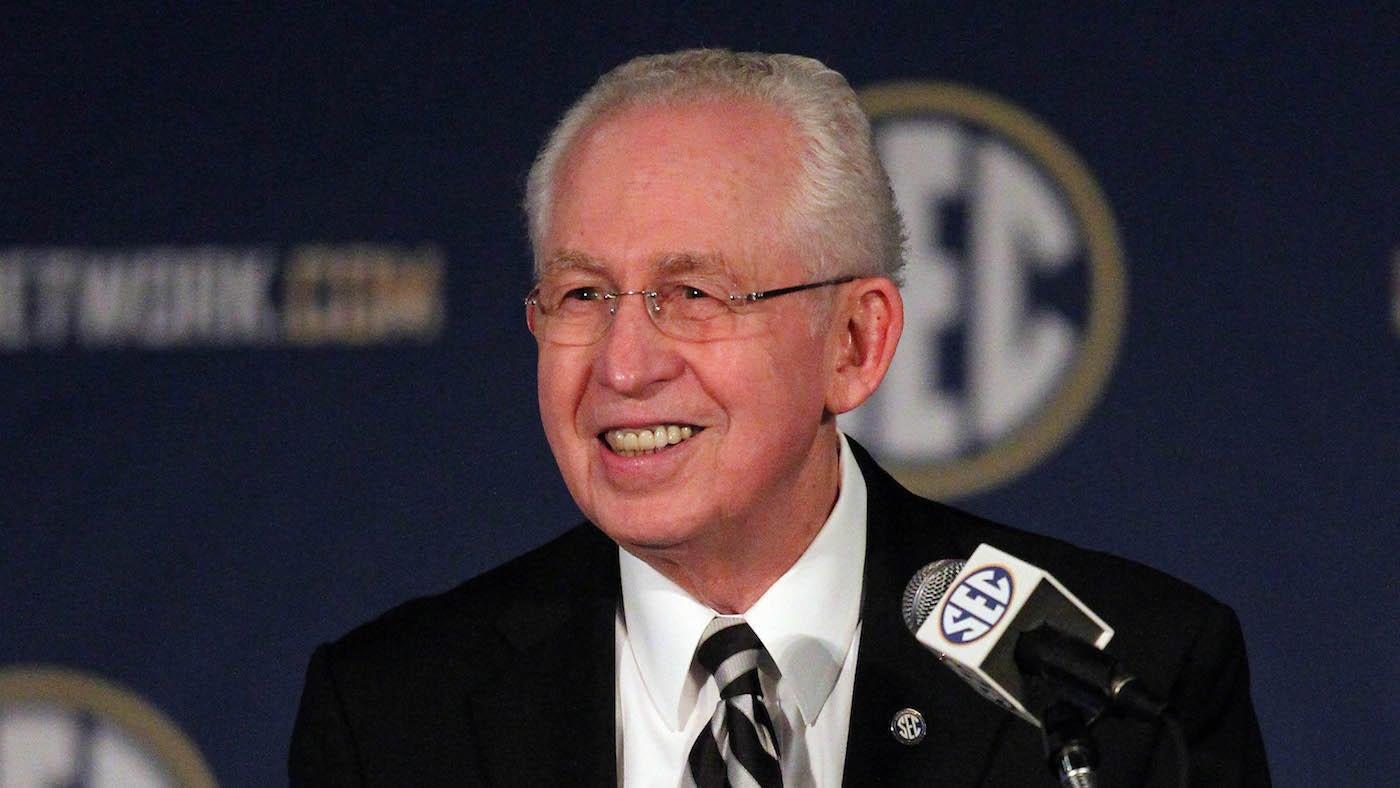 Visionary Former SEC Commissioner Mike Slive Dies At 77