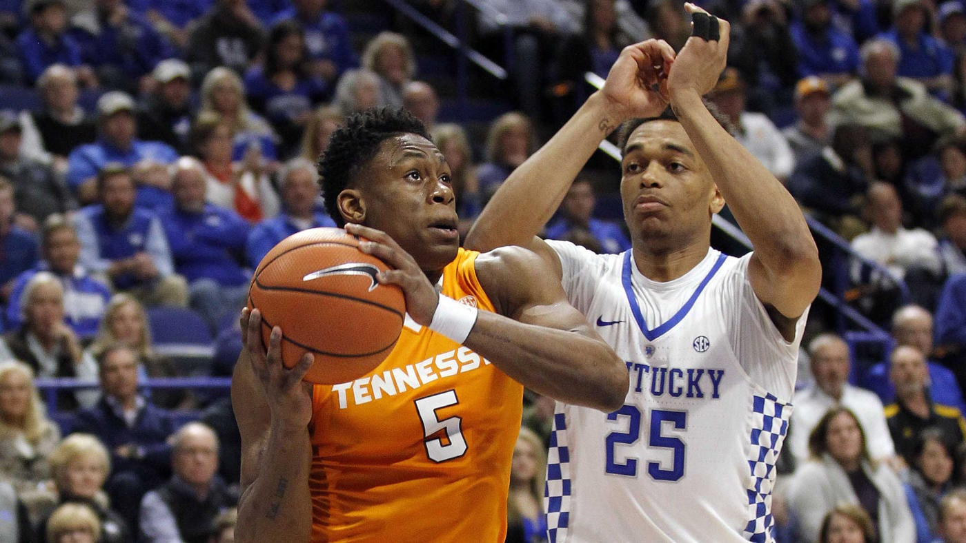1c568d9d895 College basketball picks, odds, schedule: Predictions for Kentucky vs.  Tennessee and other big games on Saturday - CBSSports.com