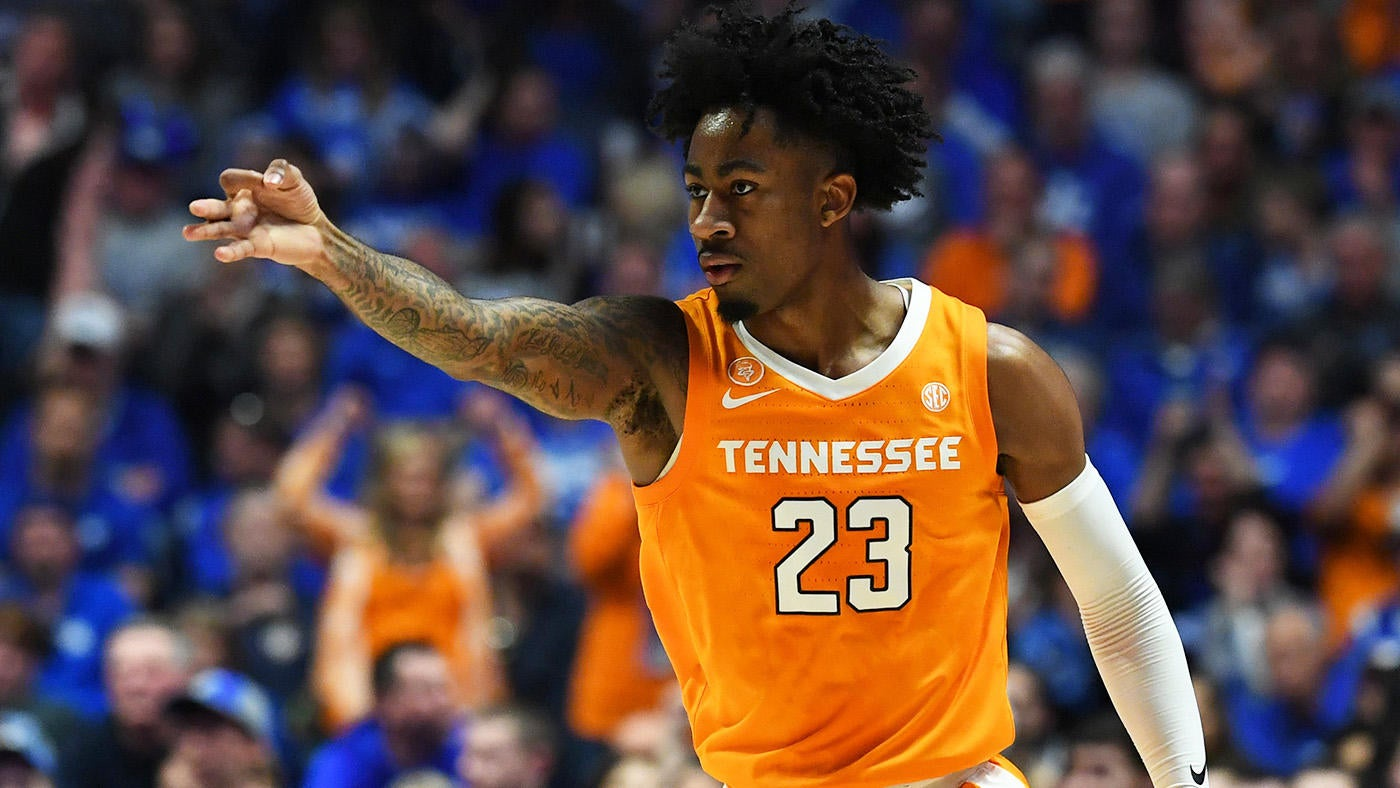 2019 NCAA Tournament bracket: Tennessee vs  Iowa odds, picks