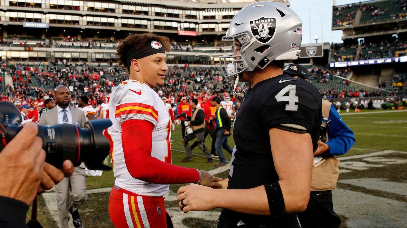 Chiefs vs. Raiders final score: Patrick Mahomes rides epic second quarter to easy win
