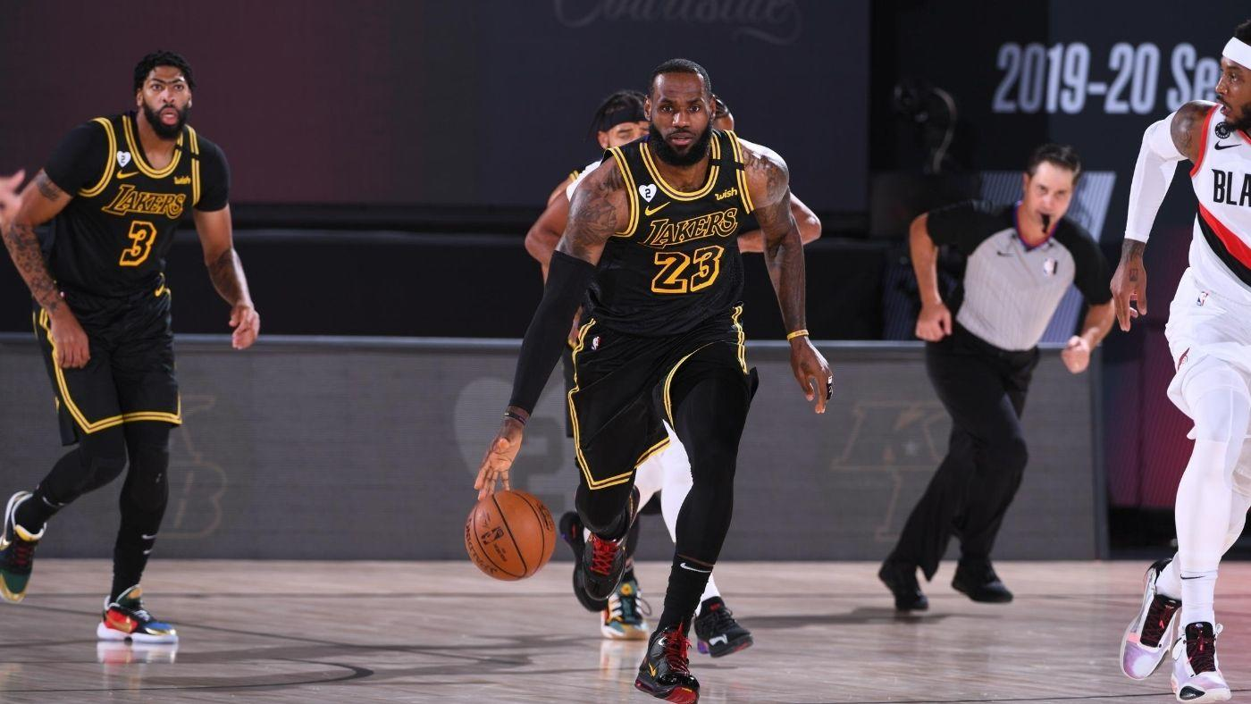 Lakers Vs Trail Blazers Score Takeaways Los Angeles Dominates Portland To Take 3 1 Lead On Kobe Bryant Day Cbssports Com