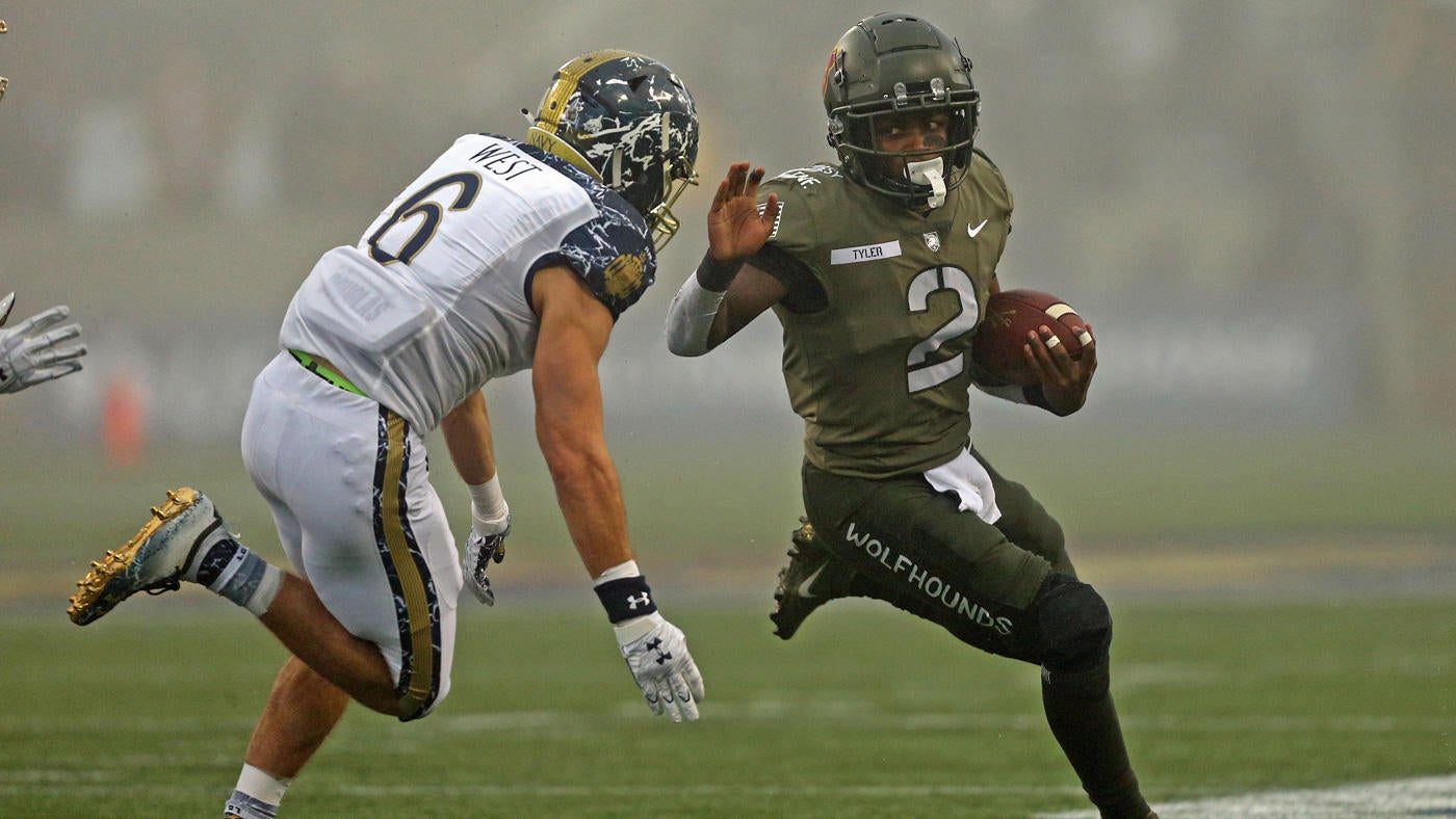 Army vs. Navy Game score: Black Knights shut out Midshipmen in the fog for  fourth win in last five meetings - CBSSports.com
