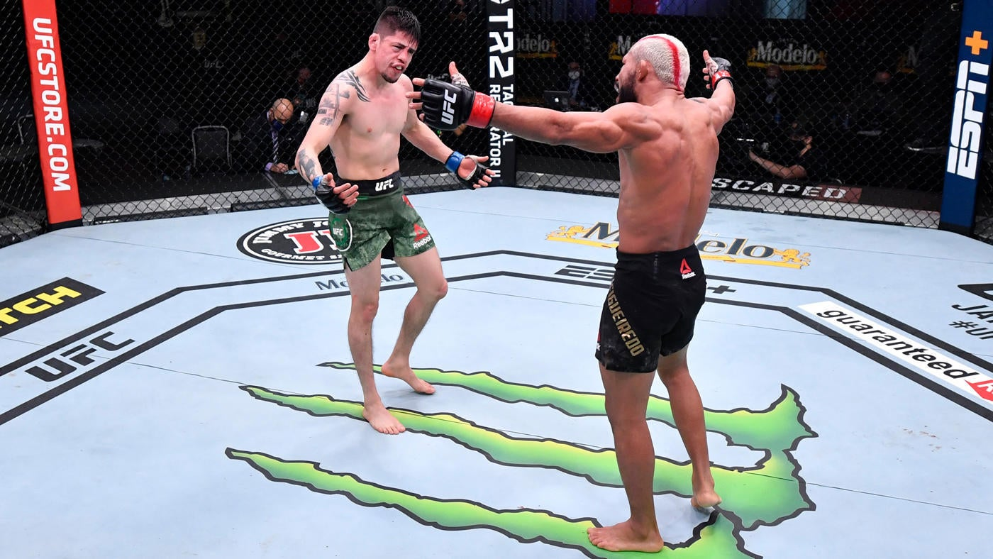 Ufc 256 Results Highlights Deiveson Figueiredo Brandon Moreno Fight To A Draw In An Instant Classic Cbssports Com