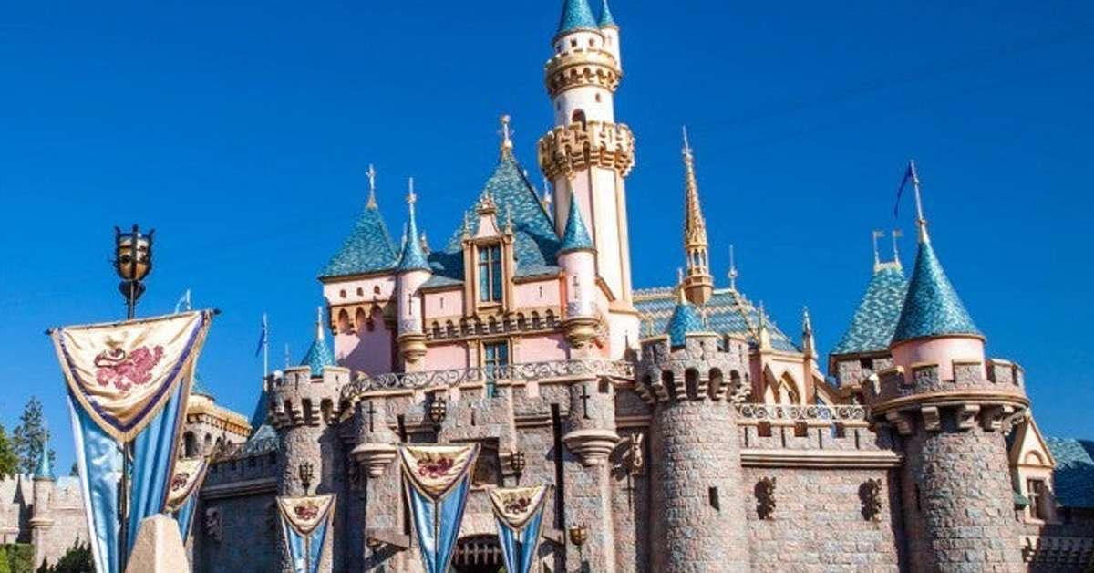 disneyland-sleeping-beauty-castle-2-1224710