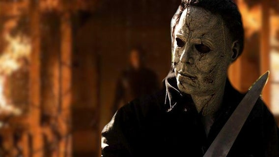 halloween-kills-new-images-michael-myers-leaves-lauries-burning-1253234
