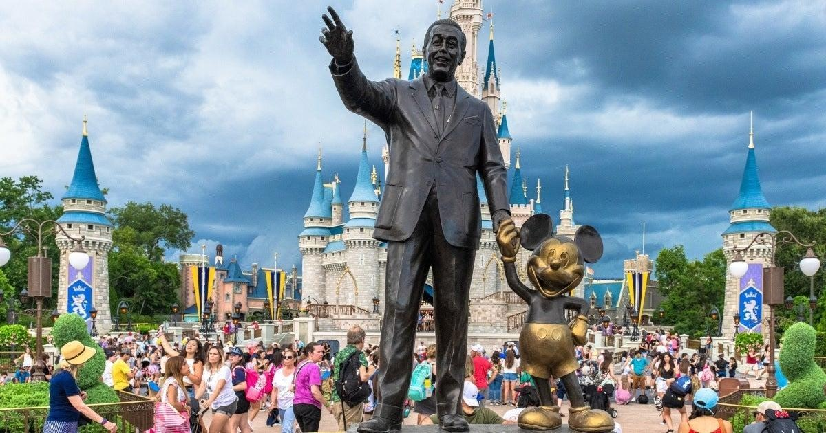 disney-world-statue-getty-images-20091678