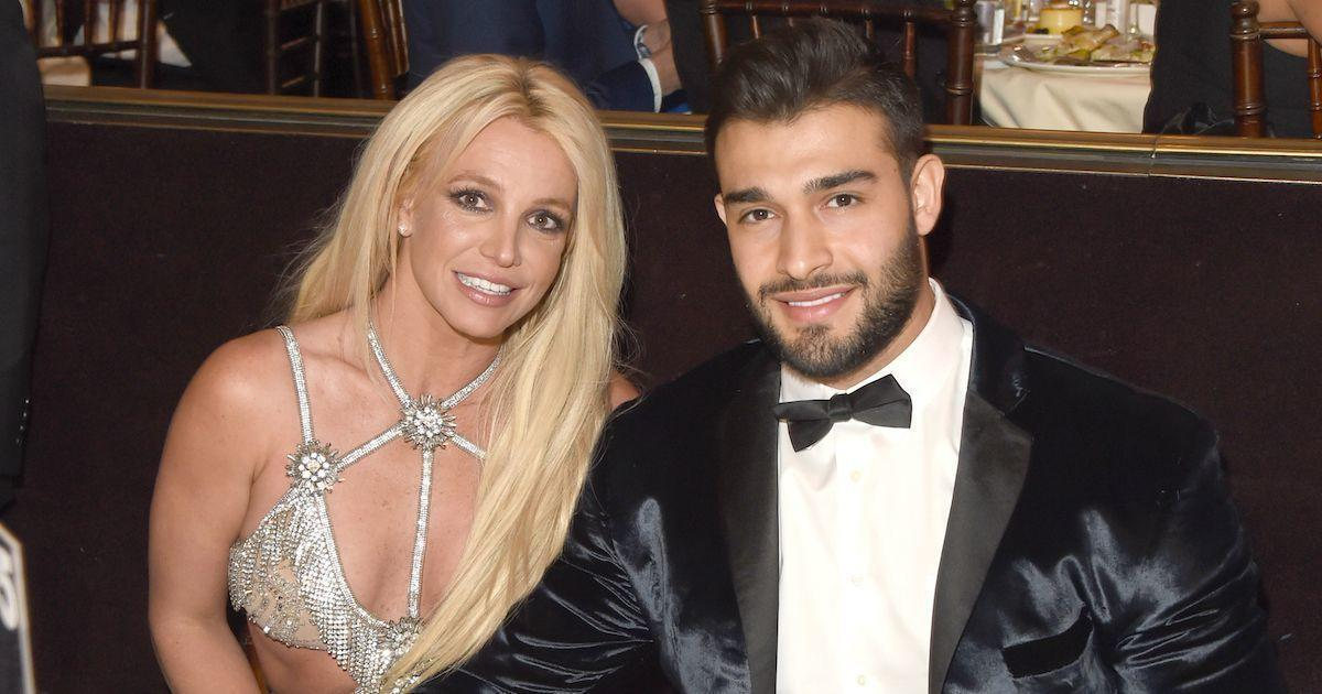 Britney Spears' Fiance Sam Asghari Went All out for Her Engagement Ring.jpg