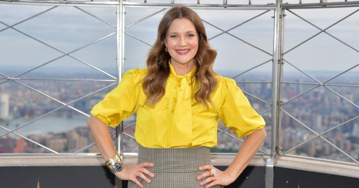 Drew Barrymore Says She 'Worships' Her Ex-Husband's New Wife.jpg