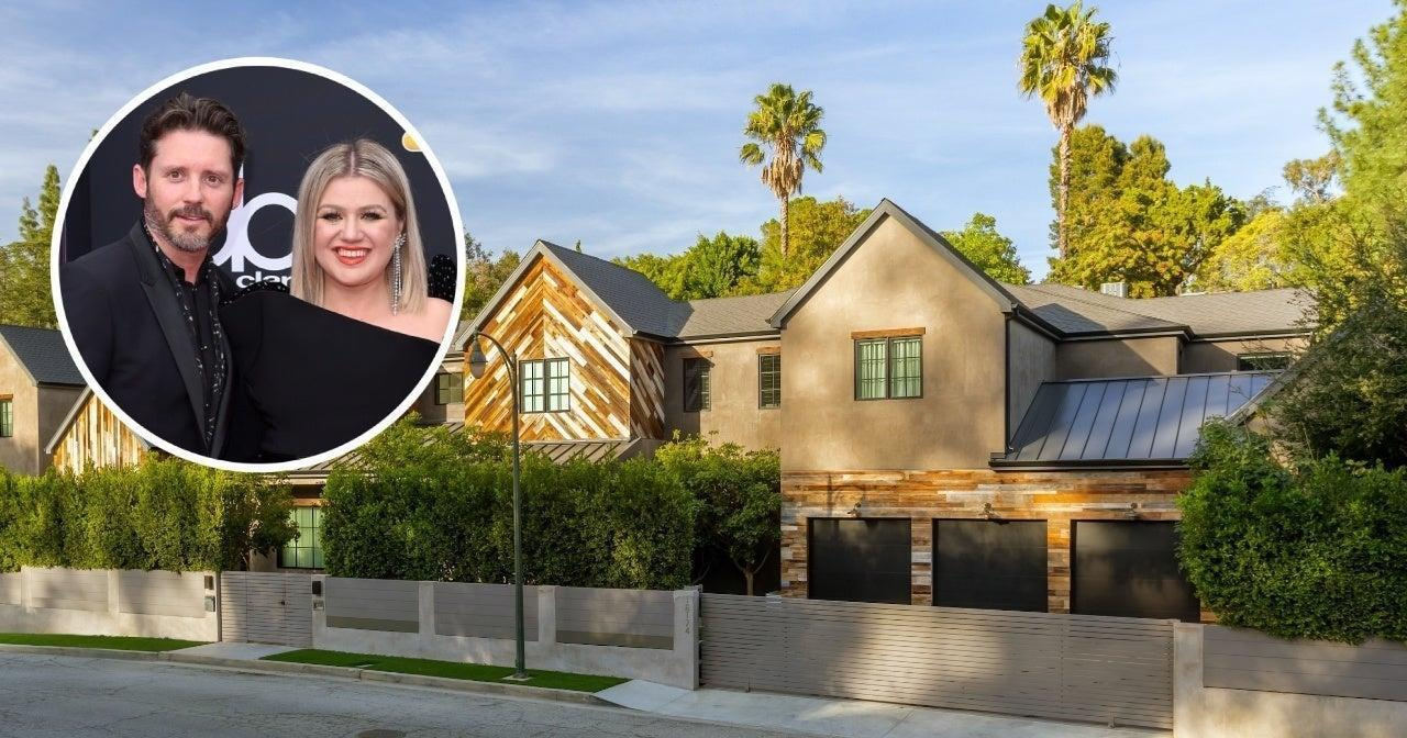 Kelly Clarkson Sells L.A. Home at a Loss Amid Divorce.jpg