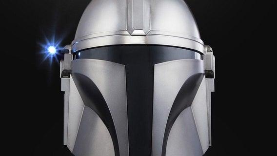 the-mandalorian-black-series-replica-helmet-topjpg-1244128