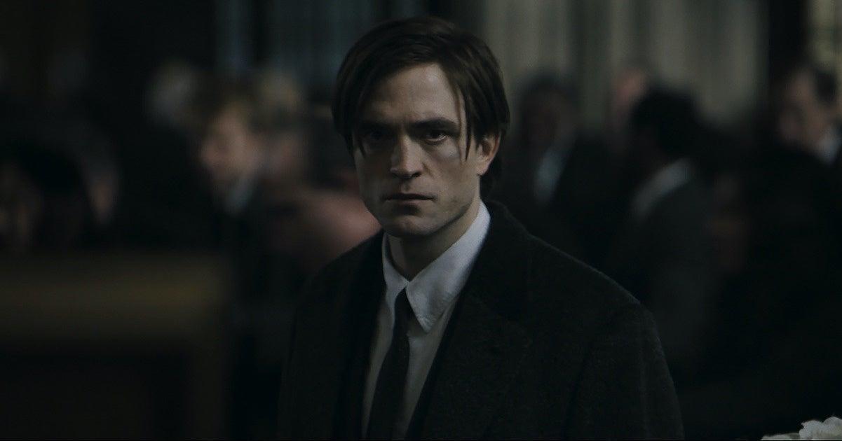 'The Batman' Trailer Arrives: See Robert Pattinson and Zoe Kravitz in Action.jpg