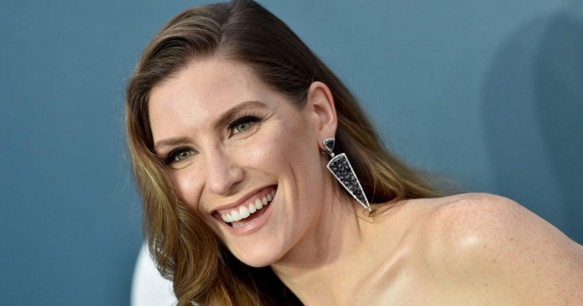 'Schitt's Creek' Star Surprises Fans With Marriage.jpg