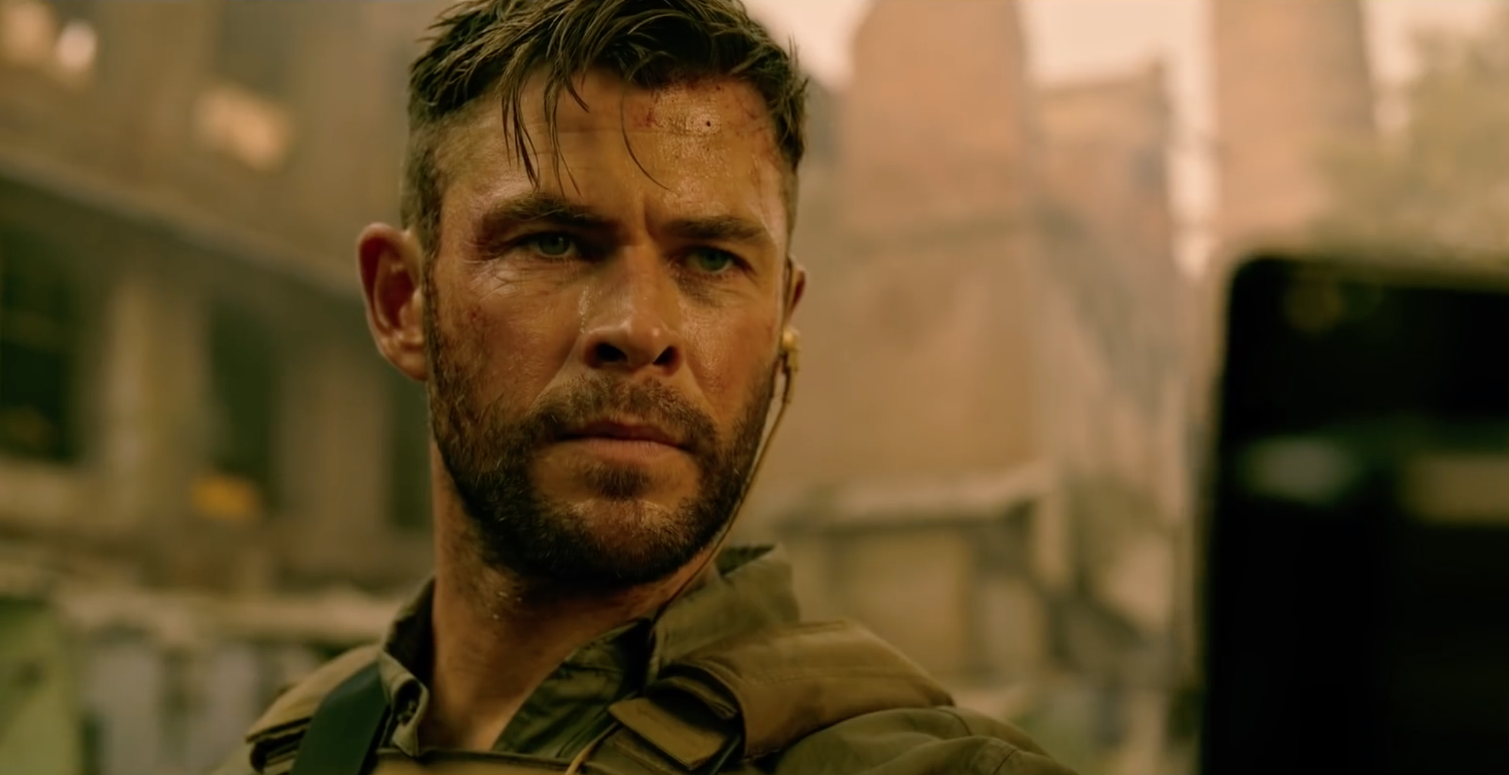 extraction-official-netflix-trailer-1214374.png