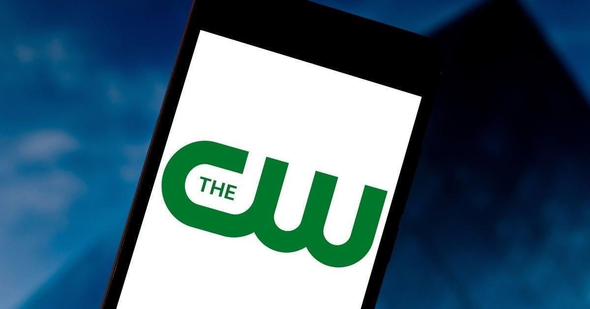Beloved Sci-Fi Series 'Babylon 5' Set for Reboot at The CW.jpg