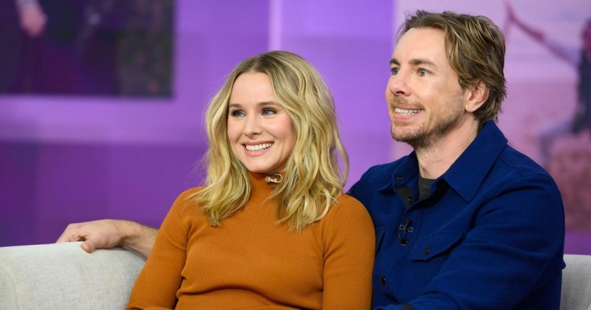 Kristen Bell Reveals Dax Shepard Nursed to Help Her With a Clogged Duct.jpg