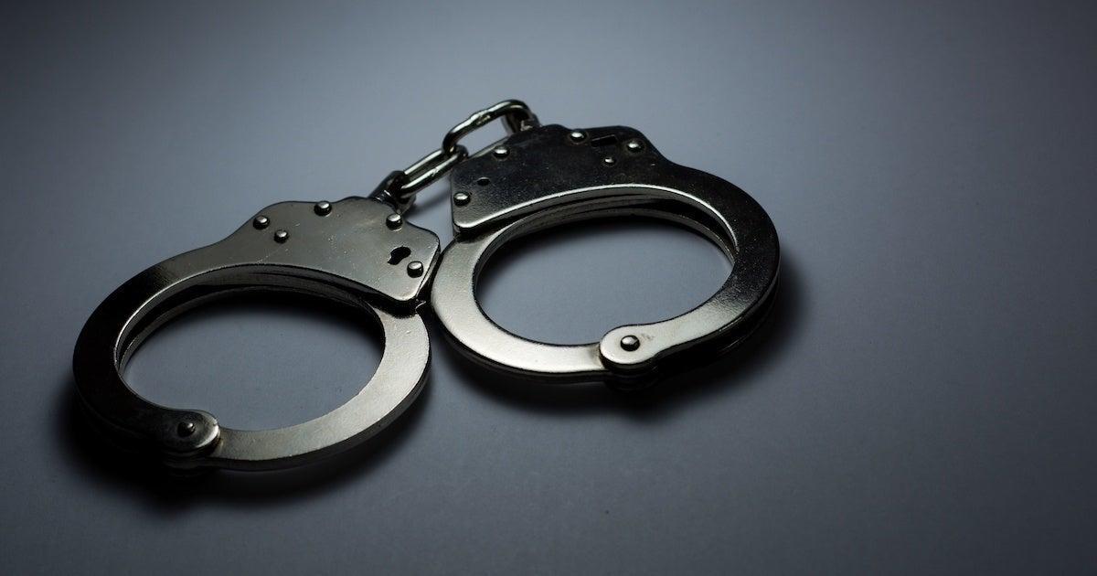 handcuffs-arrest-crime-20108204
