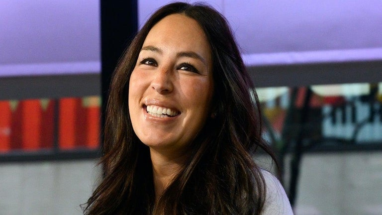 Joanna Gaines Puzzles 'Fixer Upper' Fans After Sharing the 'Weirdest' Post