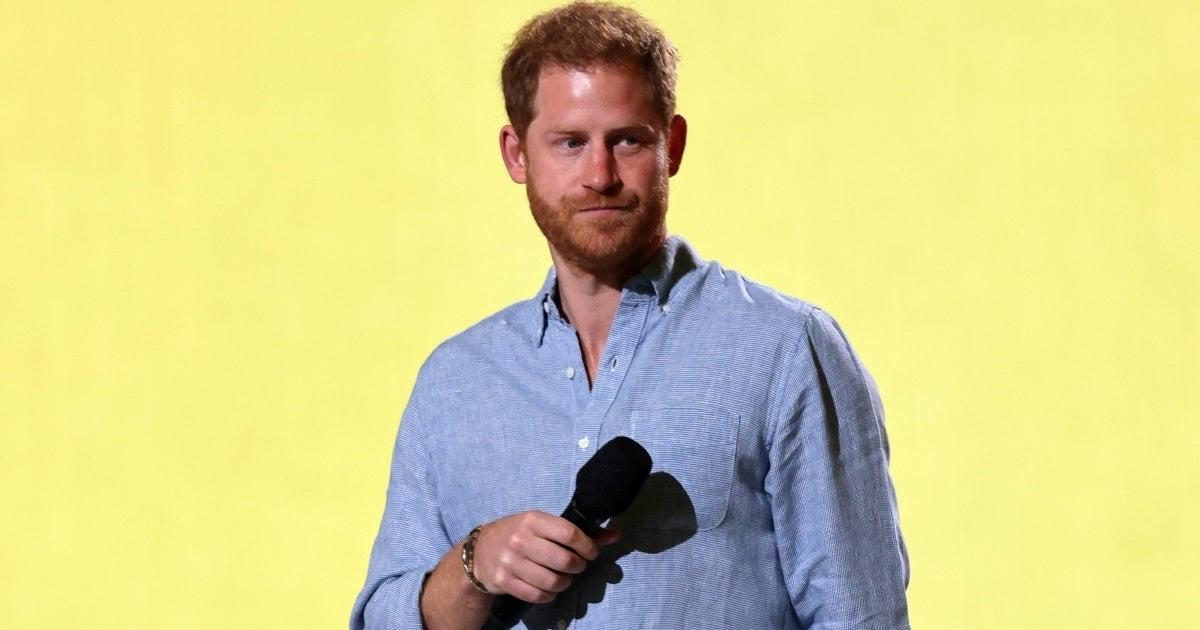 How Prince Harry Reportedly Reacted to Queen Elizabeth's Hospitalization.jpg