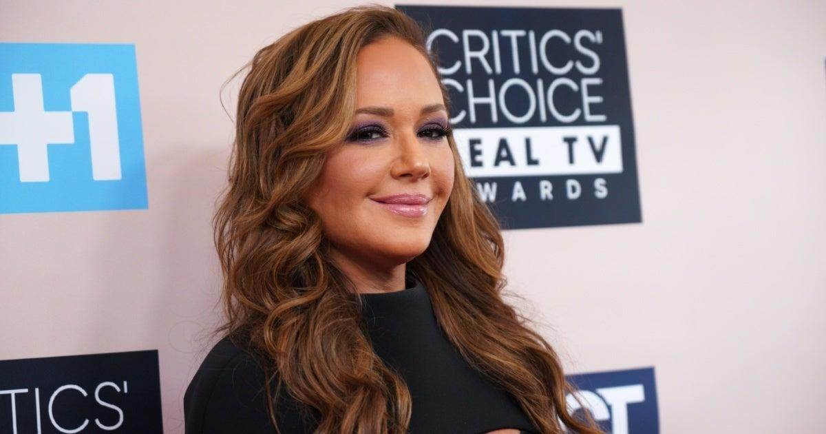 Leah Remini Slams Laura Prepon for the Way She Left Scientology.jpg