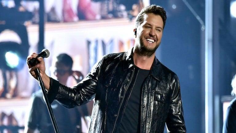 Luke Bryan to Host 2021 CMA Awards