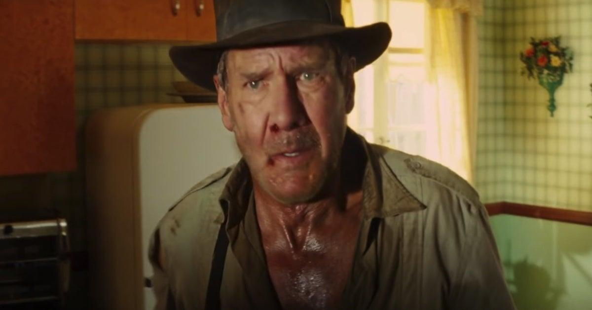 harrison-ford-spotted-injured-arm-sling-london-indiana-jones-5-1274585