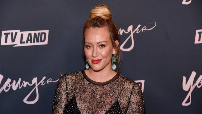 Hilary Duff Shares Sneak Peek Behind the Scenes of 'How I Met Your Father'