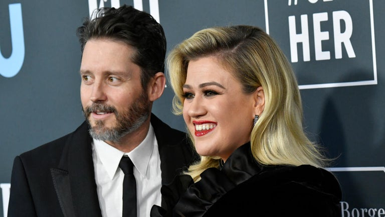 Kelly Clarkson Fires Another Offensive at Ex Husband Brandon Blackstock Over Their Montana Homes