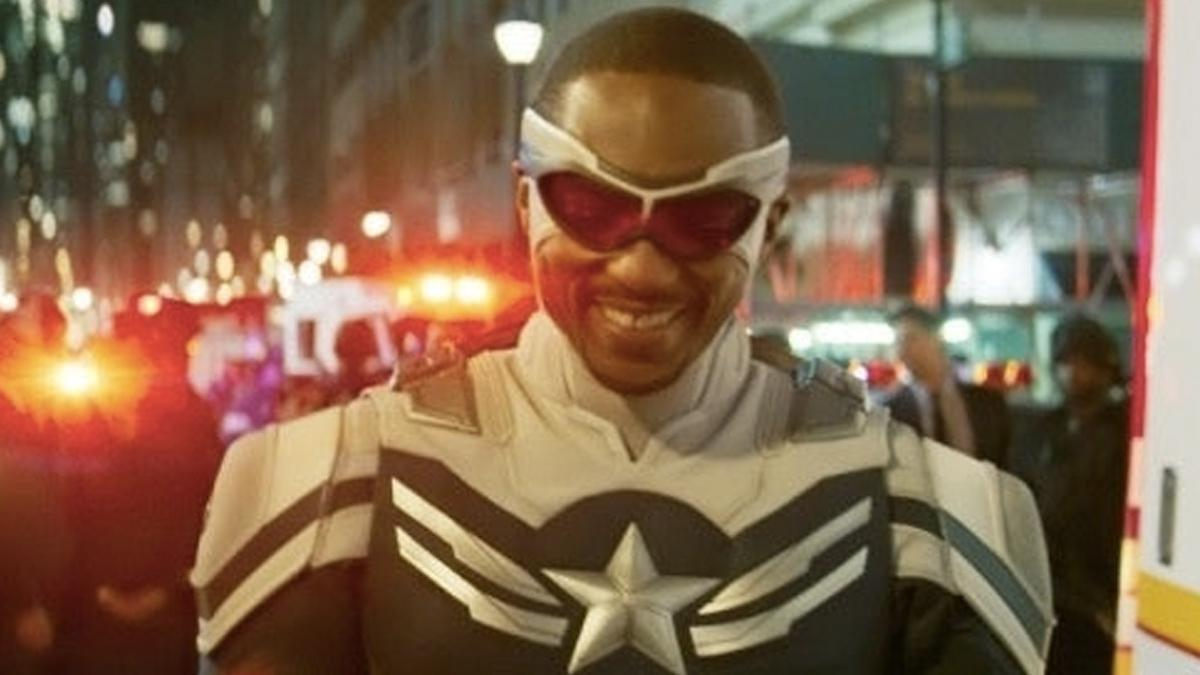 falcon-and-the-winter-soldier-smile-1279693
