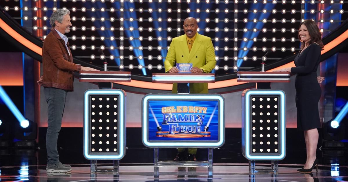 'The Nanny' Stars Fran Drescher and Charles Shaughnessy Reunite in Exclusive Clip for 'Celebrity Family Feud'.jpg