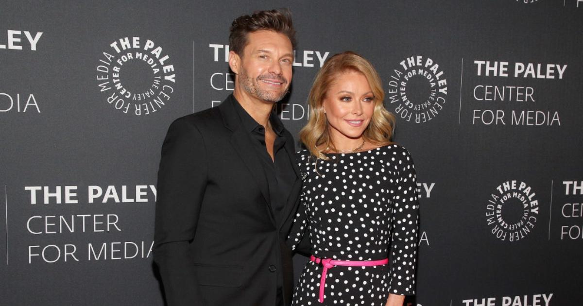 Kelly Ripa and Ryan Seacrest Unite out of the Studio to Celebrate Labor Day.jpg