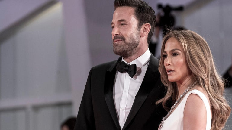 Jennifer Lopez and Ben Affleck Return to Red Carpet Together for First Time in Nearly 20 Years