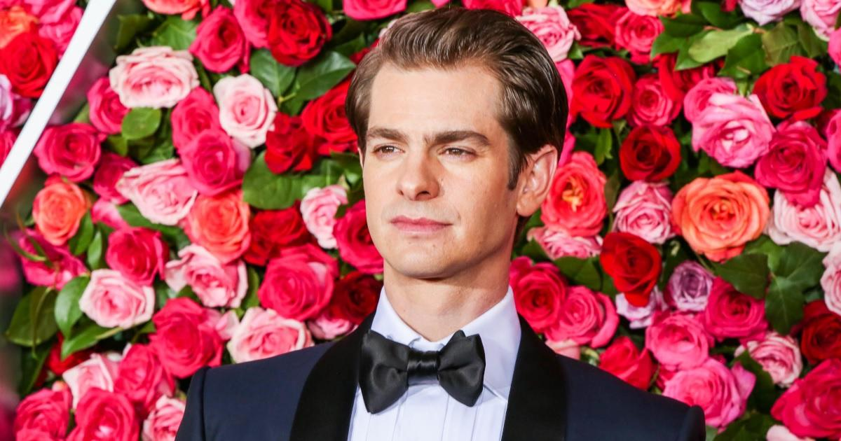 Andrew Garfield Reveals His Mother Died During Start of Latest Production.jpg